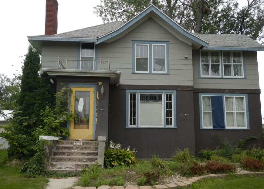 214 S 7th St, Oakes ND Foreclosure Property