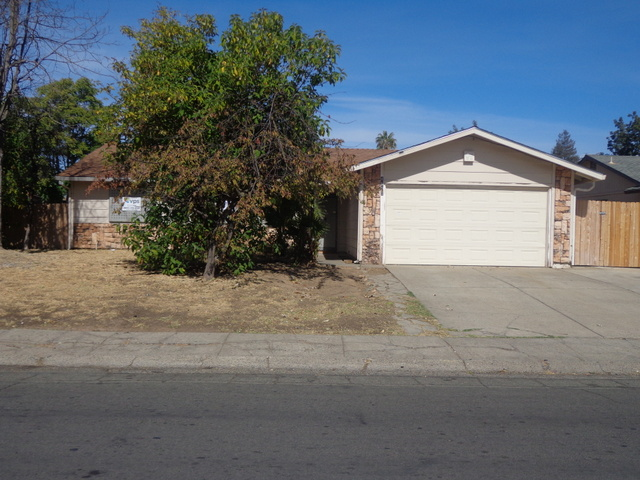 4801 Perry Ave, Sacramento CA Foreclosure Property