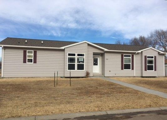 206 Douglas Ave, Holcomb KS Foreclosure Property