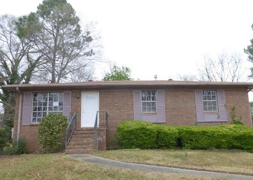 740 Dauphine Dr, Birmingham AL Foreclosure Property