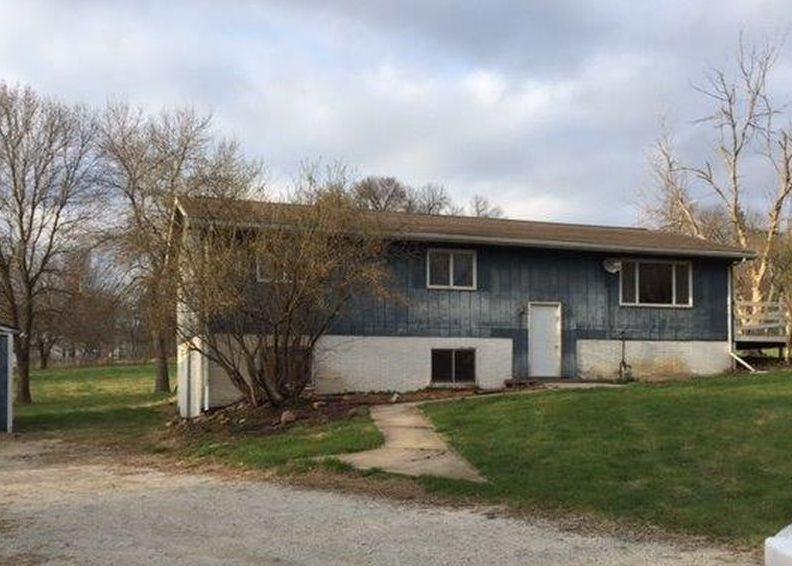 210 W 2nd St, Lamoni IA Foreclosure Property
