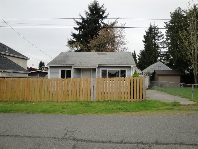 648 S 159th St, Seattle WA Foreclosure Property