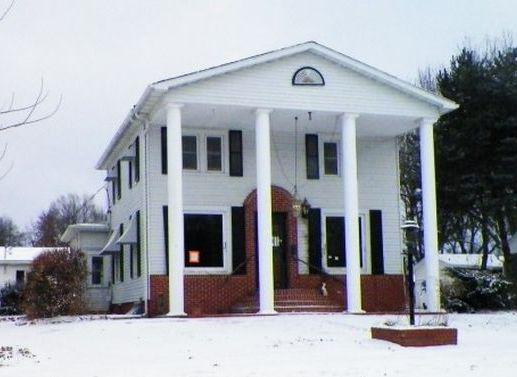 218 W 10th St, Lamoni IA Foreclosure Property