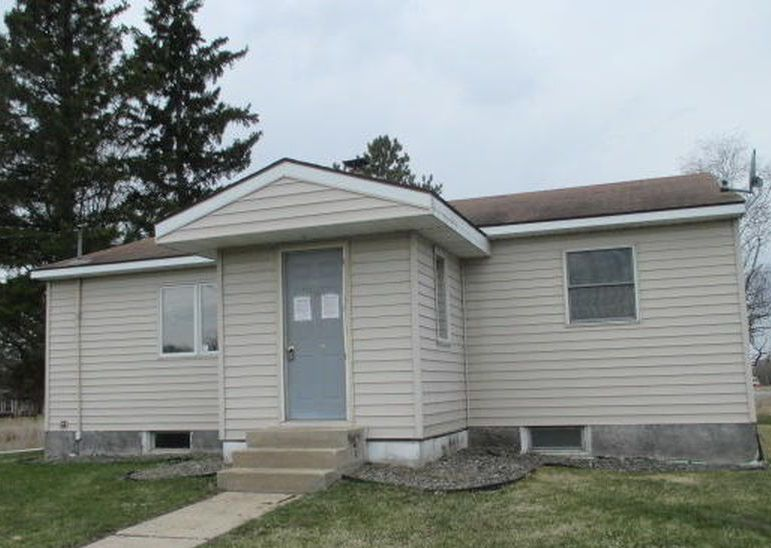 5964 40th St Nw, Williams MN Foreclosure Property