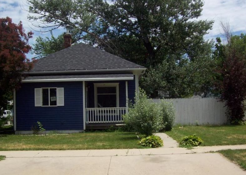 564 Montana Ave Sw, Huron SD Foreclosure Property