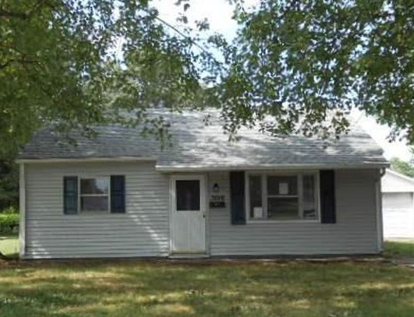 3016 Ravenswood Dr, Evansville IN Foreclosure Property