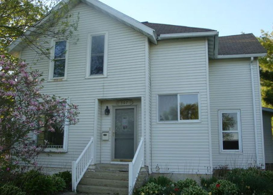 307 W Courtland St, Spring Valley MN Foreclosure Property