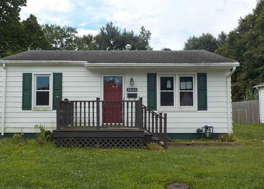 2063 Shelby Ave, Evansville IN Foreclosure Property