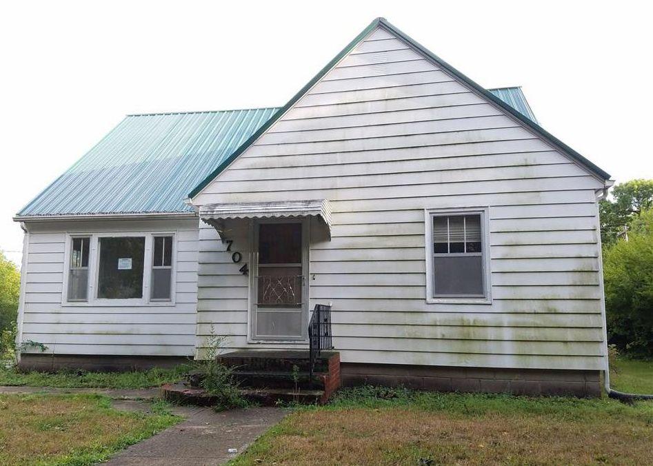 704 Main St E, Grand Junction IA Foreclosure Property