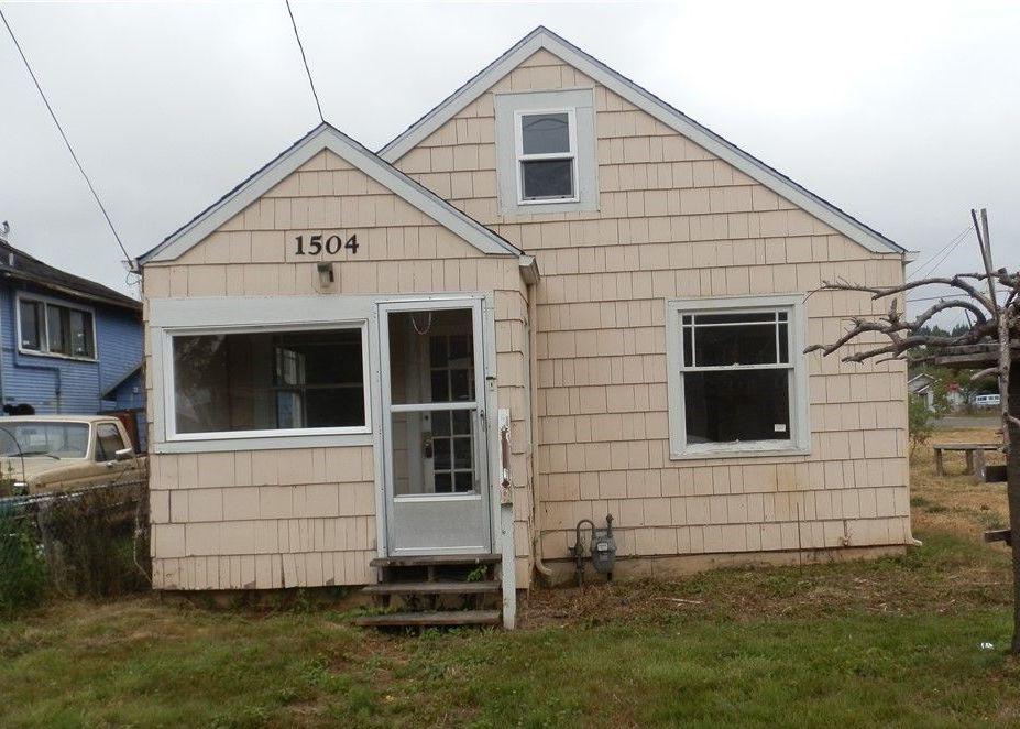 1504 W 2nd St, Aberdeen WA Foreclosure Property