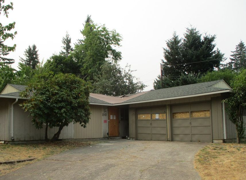 845 Ne 179th Ave, Portland OR Foreclosure Property