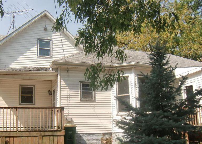 301 E 5th St, Hedrick IA Foreclosure Property