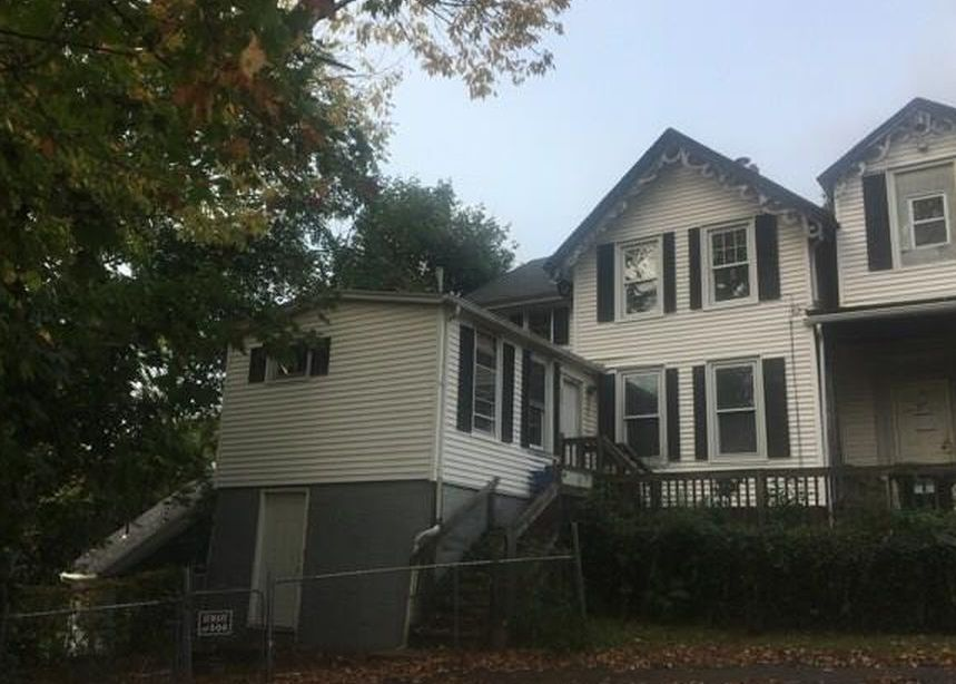 20 Grove St, Norwich CT Foreclosure Property