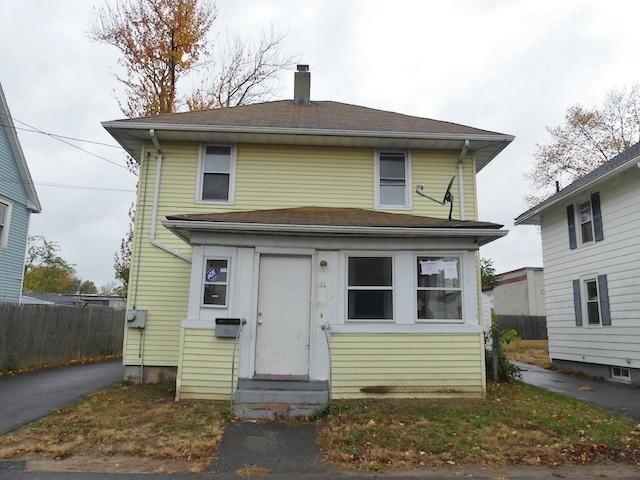 11 Clune Ct, East Hartford CT Foreclosure Property