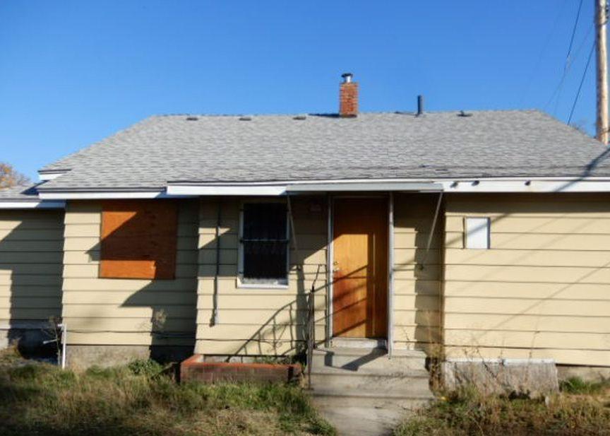 212 S Rebecca St, Spokane WA Foreclosure Property