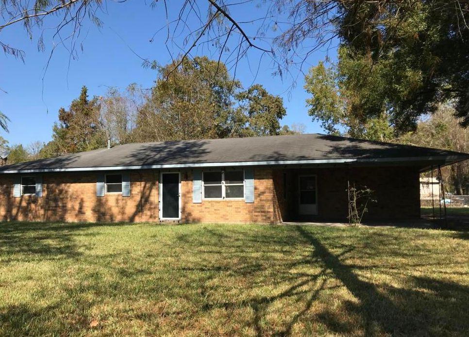 121 Daisy Ln, Ville Platte LA Foreclosure Property