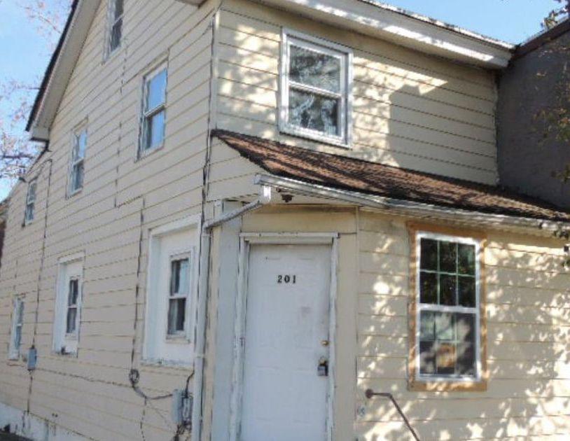 201 5th Ave, Wilmington DE Foreclosure Property