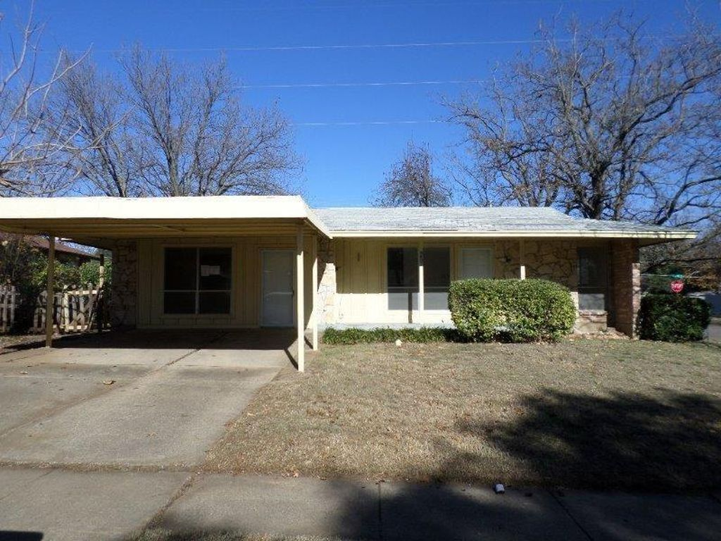 4607 Timber Wood Dr, Dallas TX Foreclosure Property
