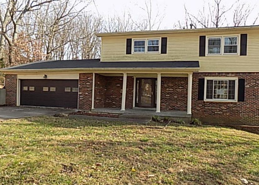 8203 Glimmer Way, Louisville KY Foreclosure Property