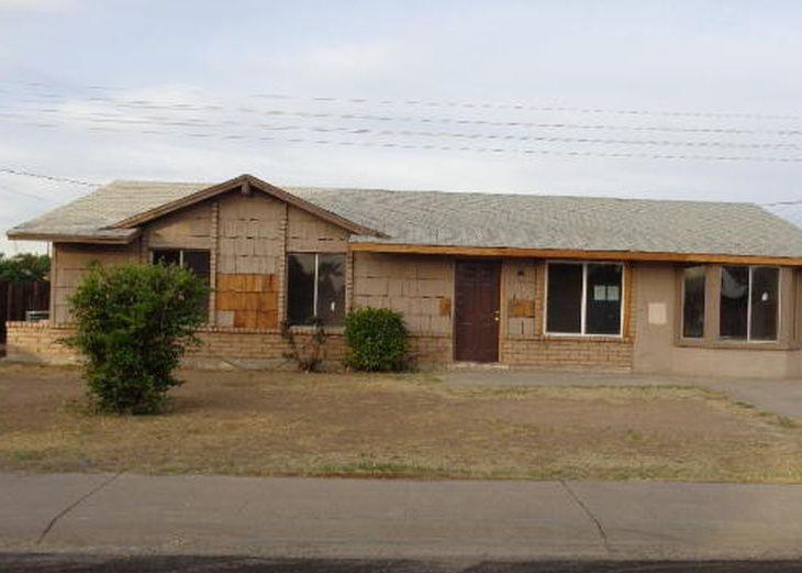 3226 N 79th Ave, Phoenix AZ Foreclosure Property