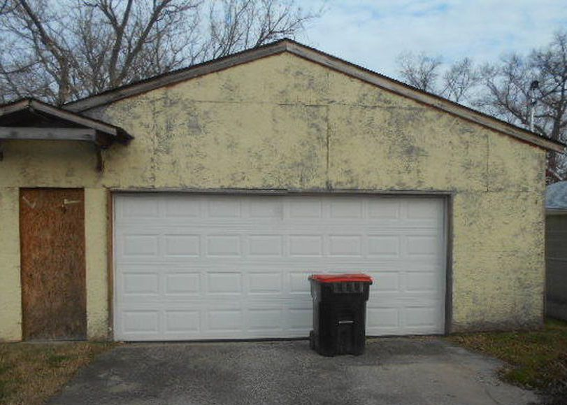 3918 Northwestern Pkwy, Louisville KY Foreclosure Property