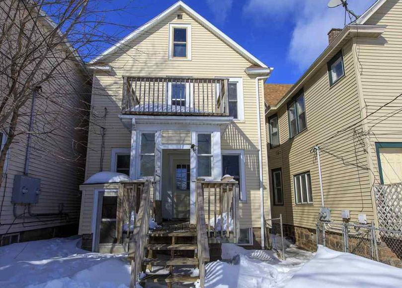 2424 W 2nd St, Duluth MN Foreclosure Property