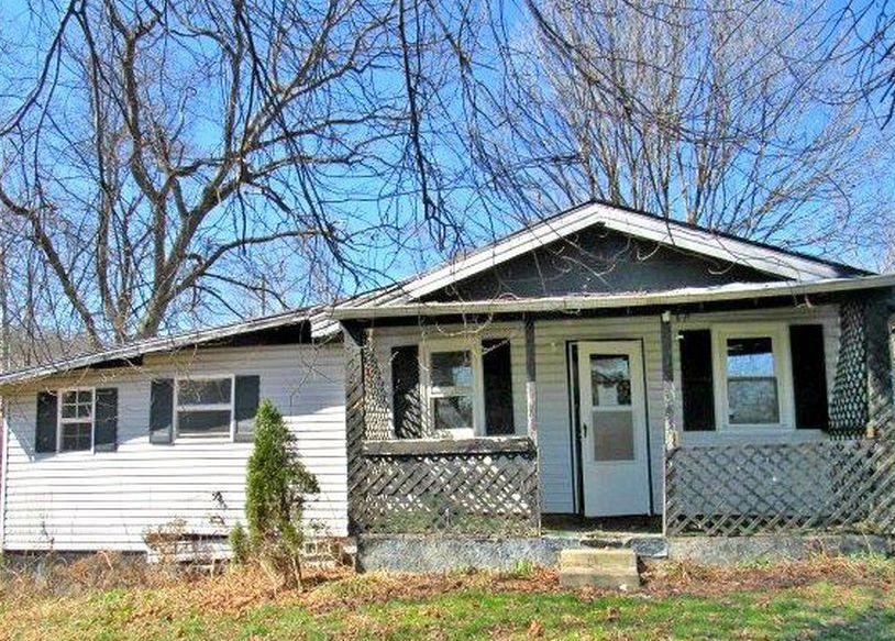 2475 Rockfork Rd, Morehead KY Foreclosure Property