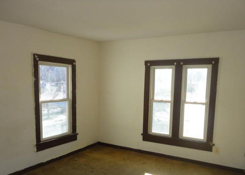 119 Robbins Ave, Pittsfield MA Foreclosure Property