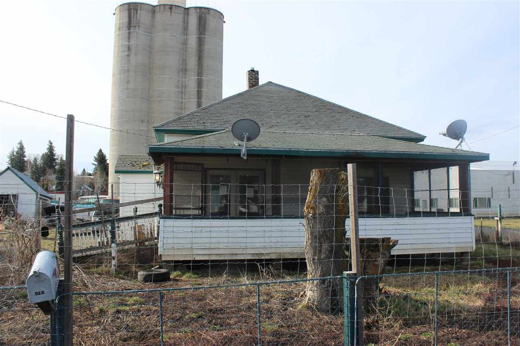 407 W Main St, Garfield WA Foreclosure Property