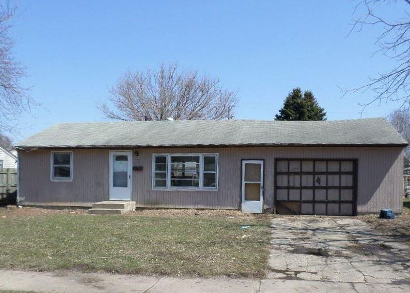 1712 N Jessica Ave, Sioux Falls SD Foreclosure Property