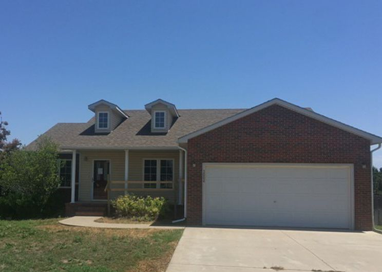 3004 Amber St, Dodge City KS Foreclosure Property