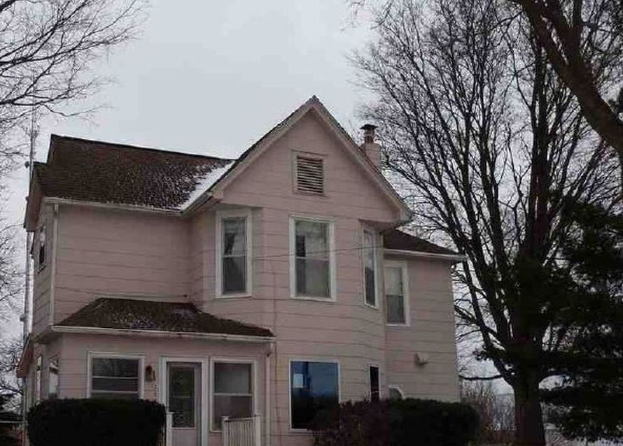 1204 L Ave, Grundy Center IA Foreclosure Property