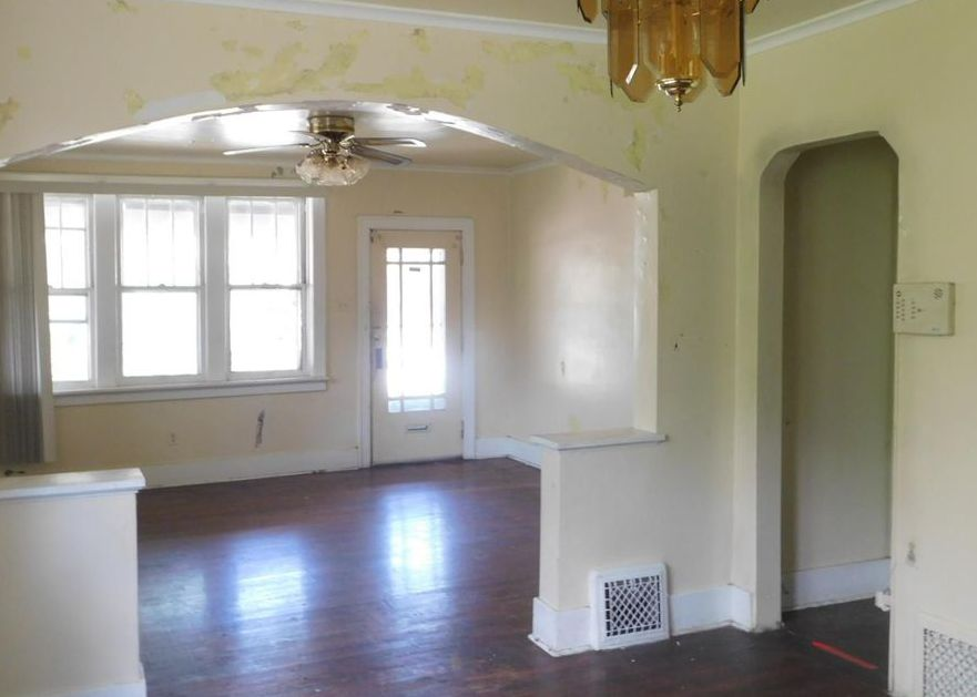 5401 Michigan Ave, Saint Louis MO Foreclosure Property