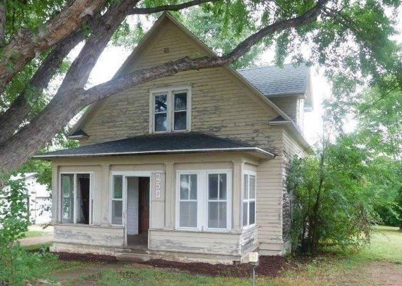 250 3rd St, Monroe SD Foreclosure Property