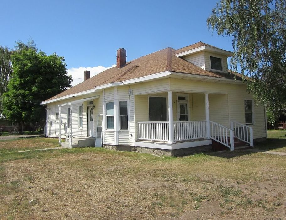 3115 College St, Baker City OR Foreclosure Property