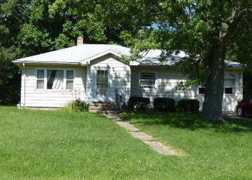 738 Dixie Dr, Benton Harbor MI Foreclosure Property