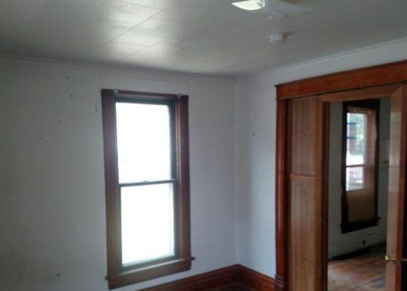 421 E Hanson Ave, Mitchell SD Foreclosure Property