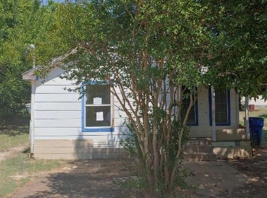 501 S Spears St, Alvarado TX Foreclosure Property