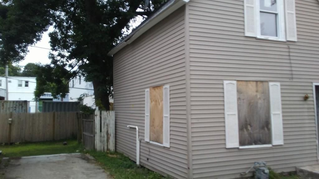 6 Mason Ct, Worcester MA Foreclosure Property