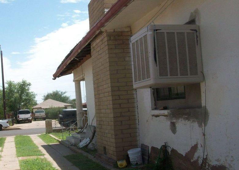 1350 E 14th St, Douglas AZ Foreclosure Property