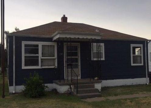 1737 N Main St, Russell KS Foreclosure Property