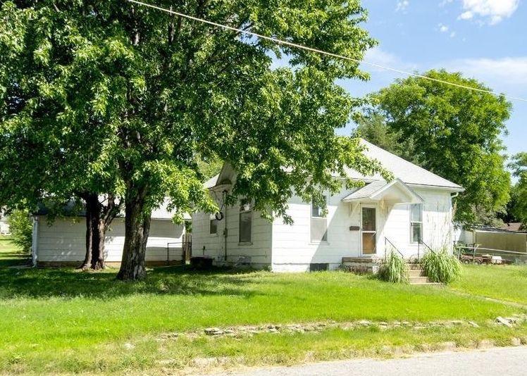 616 N Ottawa St, Minneapolis KS Foreclosure Property