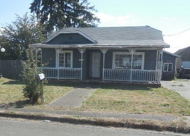 1703 W 2nd St, Aberdeen WA Foreclosure Property