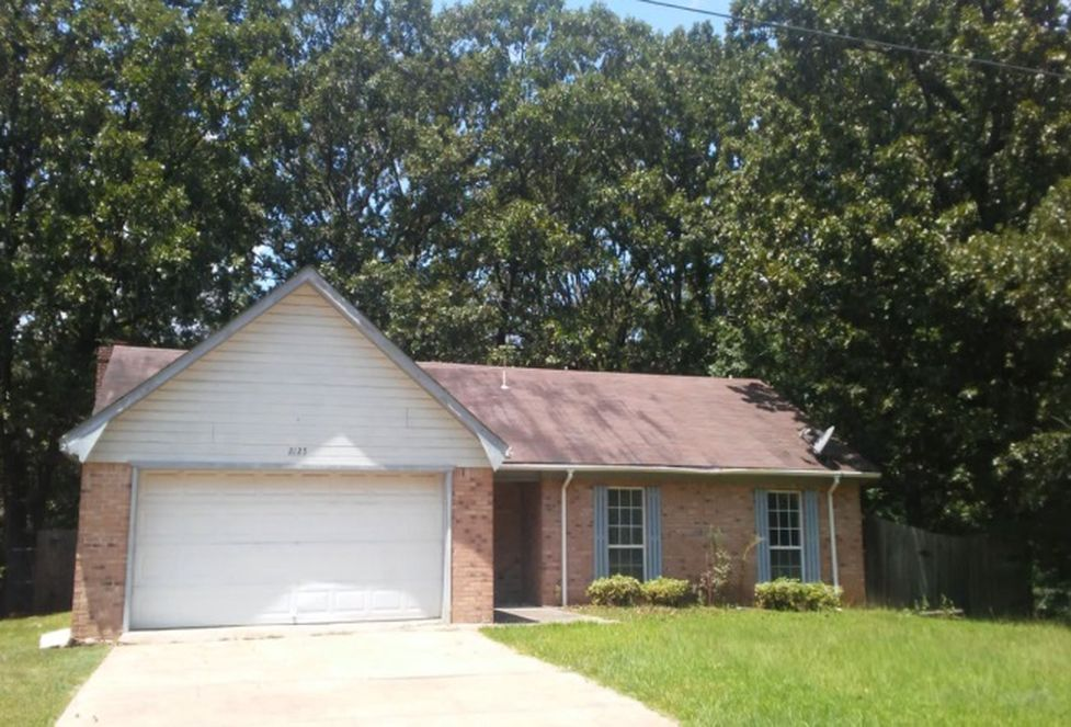 2125 Thousand Oaks Dr, Jackson MS Foreclosure Property