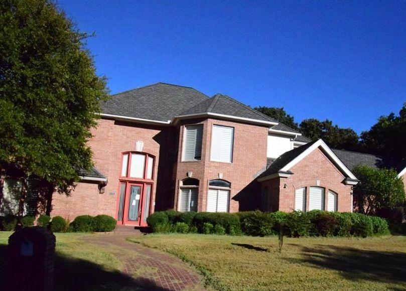 5005 Deerwood Park Dr, Arlington TX Foreclosure Property