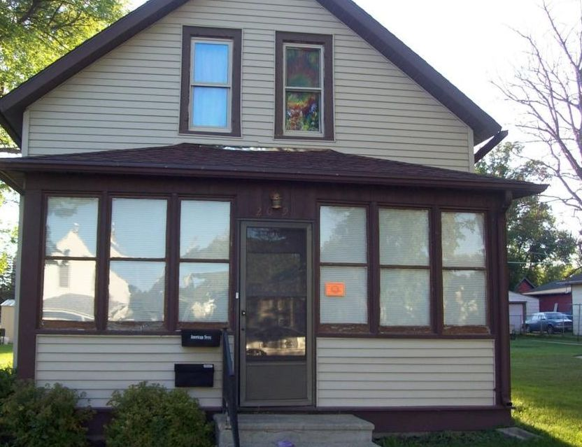 209 N State St, Aberdeen SD Foreclosure Property