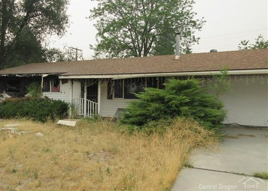 132 S Ogden Ave, Hines OR Foreclosure Property