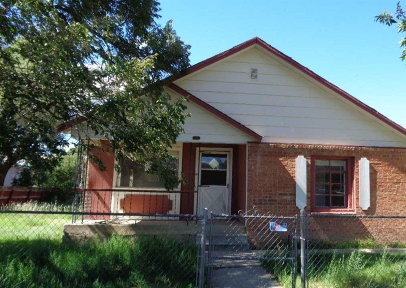 211 Maple St, Clayton NM Foreclosure Property