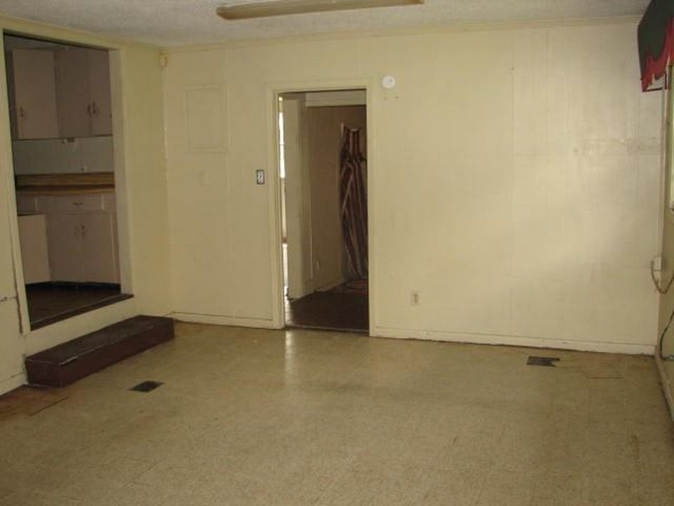 978 Legion Dr, Greenville MS Foreclosure Property