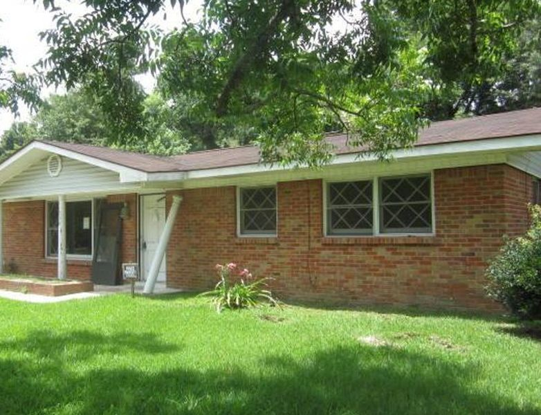 1200 Pinewood Dr, Picayune MS Foreclosure Property